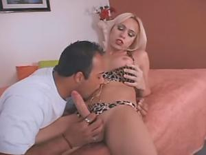 Gorgeous tranny gets guys dick in her mouth